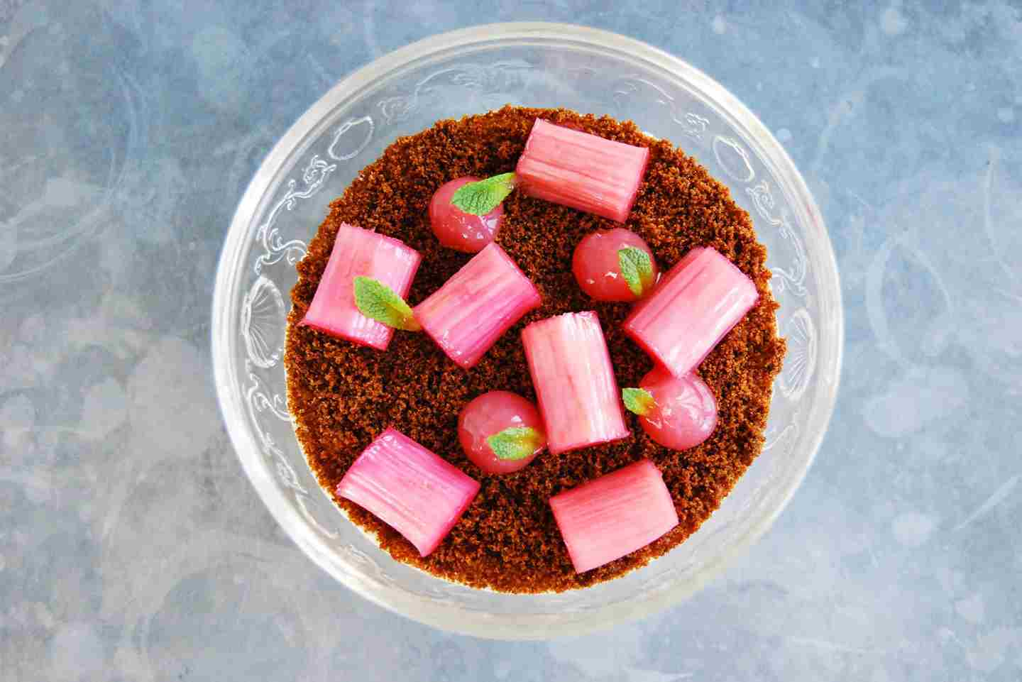 Chilled rice pudding, rhubarb and gingerbread.jpg