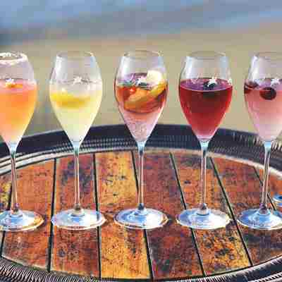 Champagne-cocktails-lined-up-on-the-deck.jpg