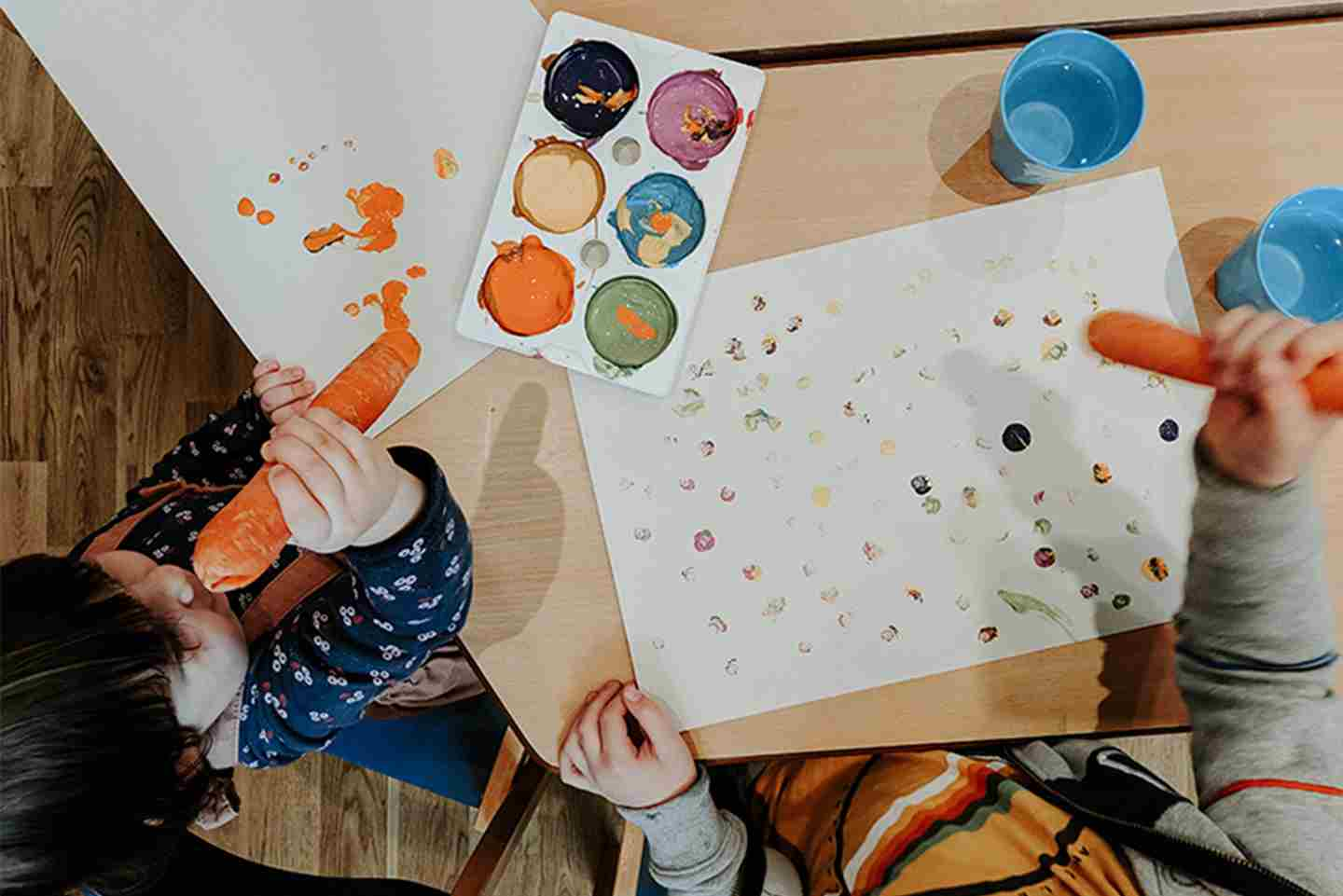 Children-painting-in-Kid's-Zone.jpg