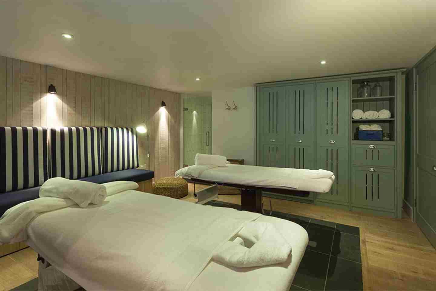 Double-treatment-room-at-Watergate-Bay-Hotel.jpg