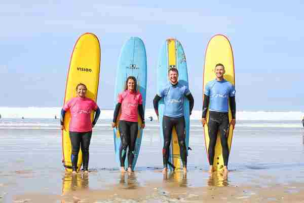 Group-surf-lesson.jpg