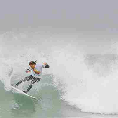 Surfer-competing-at-the-English-National-surf-championships.jpg