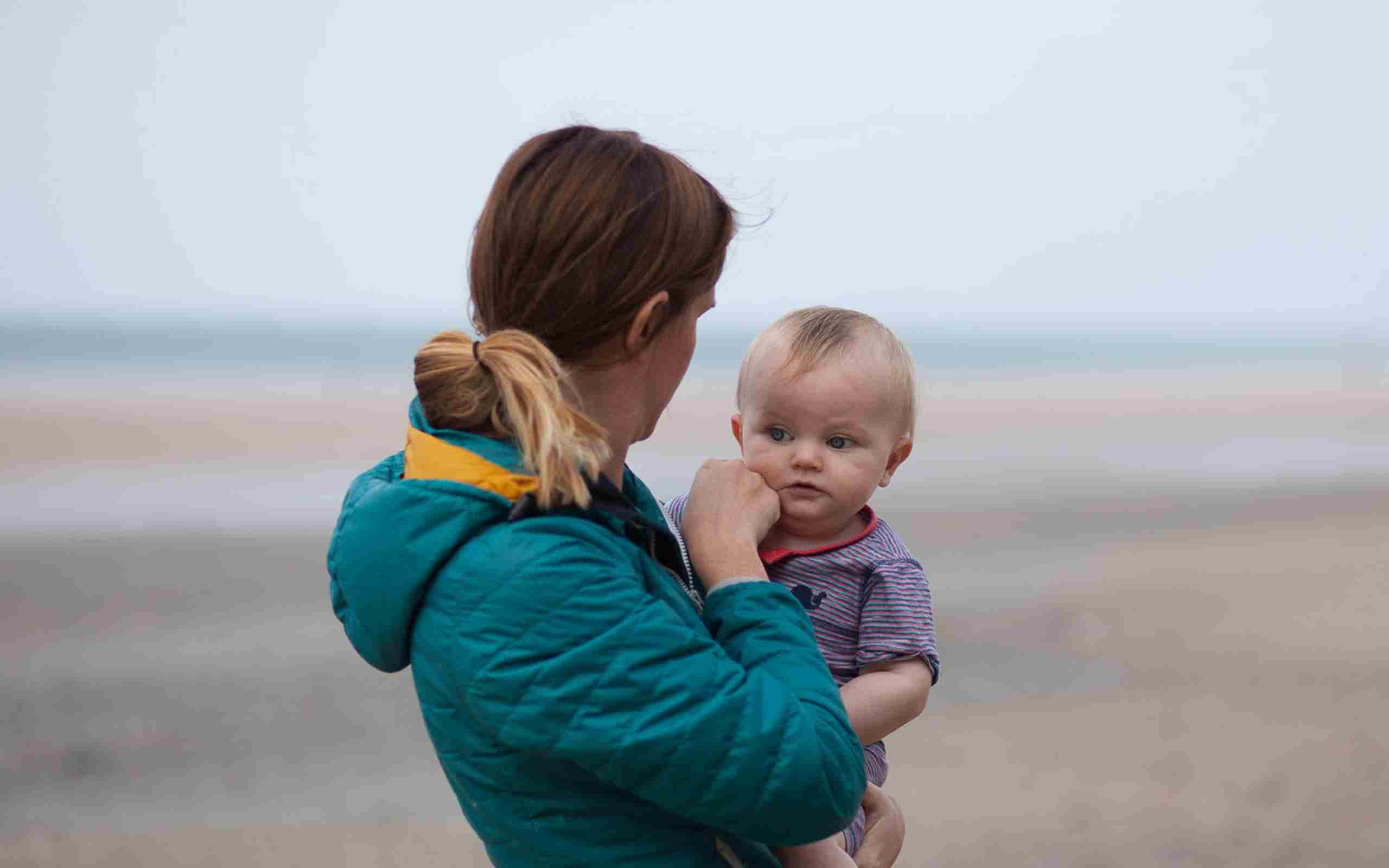 Mother-and-baby-on-Watergate-Bay.jpg (1)