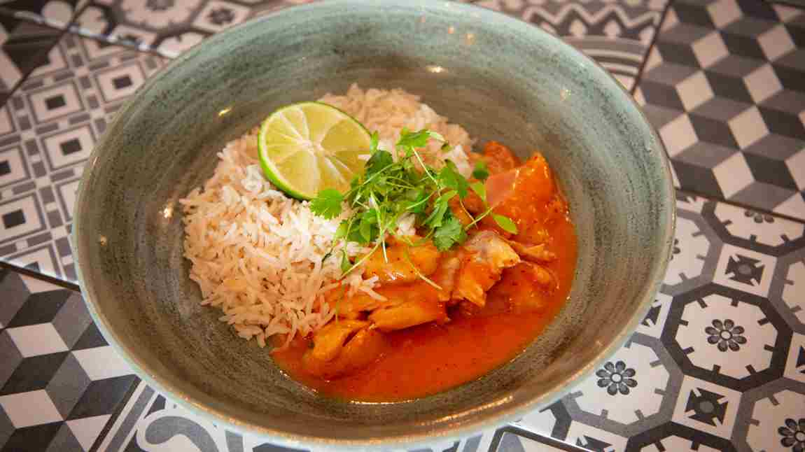 BEACH HUT THAI RED CURRY