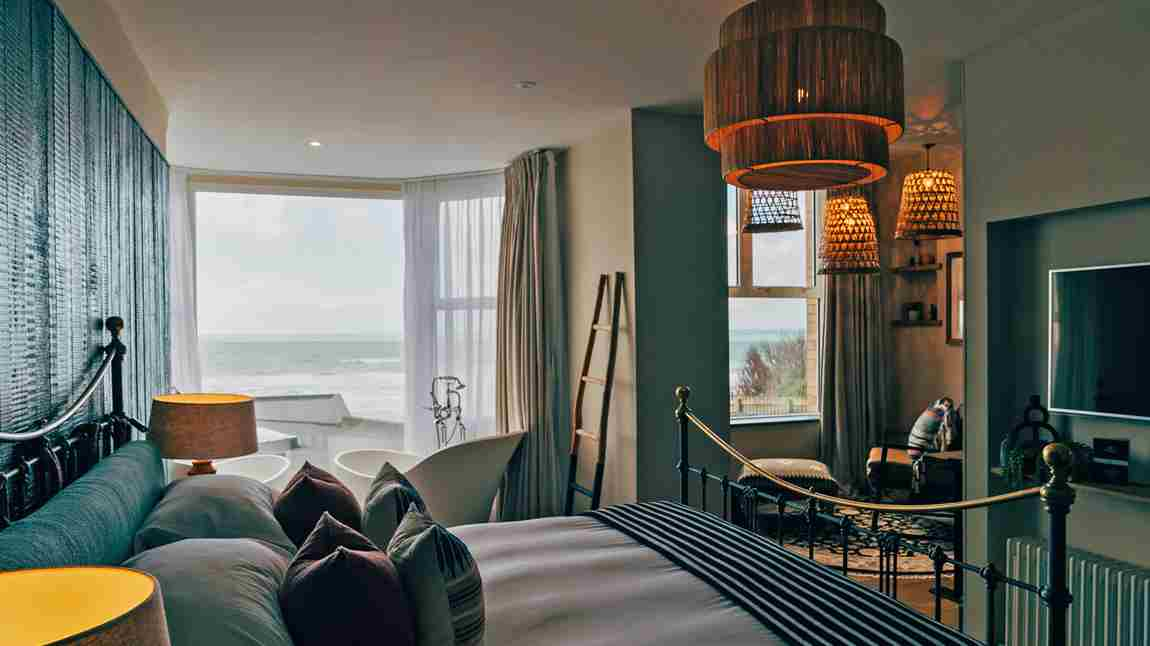Watergate Bay Sea View Suite Room1 Lounge